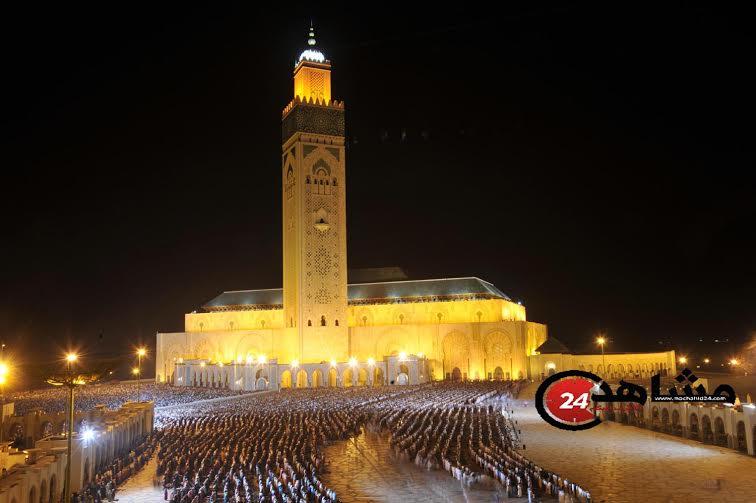أزيد من 200 ألف مصلّي يختمون القرآن خلف الشيخ القزابري