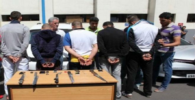 بعد أن عذبوا متشرد وأحرقوه.. أمن البيضاء يعتقل 5 مشتبهين!