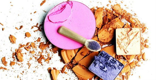 استعمالات مدهشة لأدوات التجميل