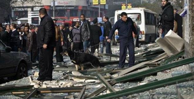القاهرة..إصابة شرطي بانفجار قنبلة