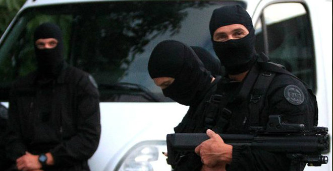 فرنسا: المشتبه بهم خططوا لتدمير مؤسسة عسكرية