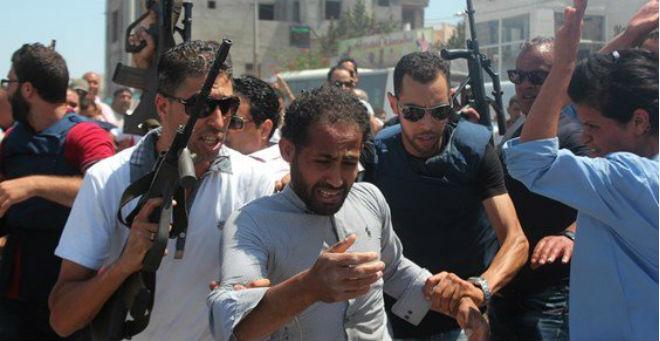 تونس تمنح رجلا وظيفة بعدما اعتقل واتهم بالتورط في