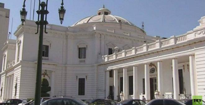 جدل حول تحصين البرلمان المصري يعقد ظروف إجرائها