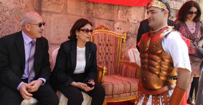 وزيرة الثقافة التونسية: مسارحنا محمية ومؤمنة