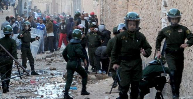 حصيلة ضحايا عنف غرداية الجزائرية ترتفع إلى 19 قتيلا