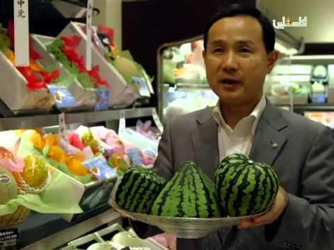 تقديم البطيخ بطريقة غير تقليدية للزينة