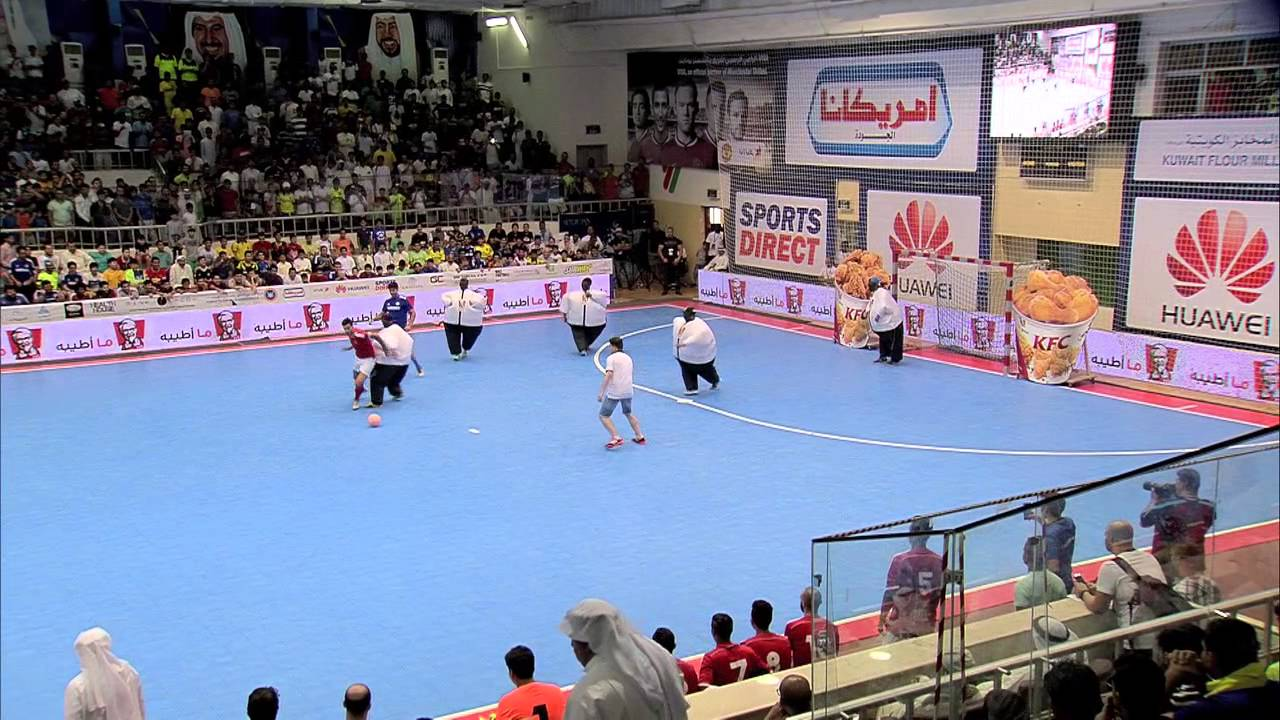 ديغو كوستا لاعب تشيلسي يصنع الحدث في الكويت