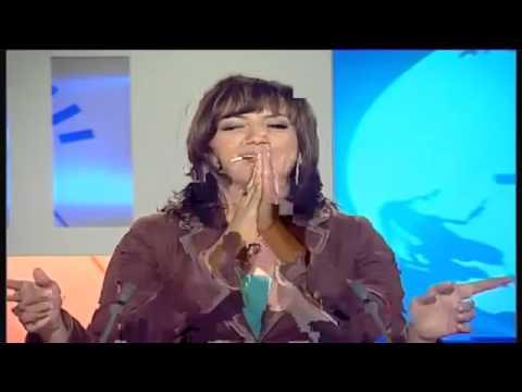طريف..كواليس مقدمي نشرات الأخبار على قناة الأولى 2015