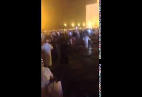 انفجار مكبّر الصوت في مسجد الحسن الثاني و هروب المصلّين