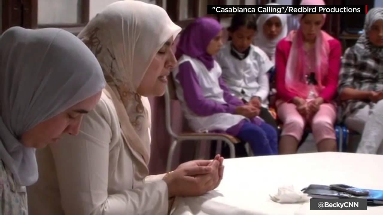 سي إن إن : المغرب يدرب النساء على تعليم الإسلام المعتدل