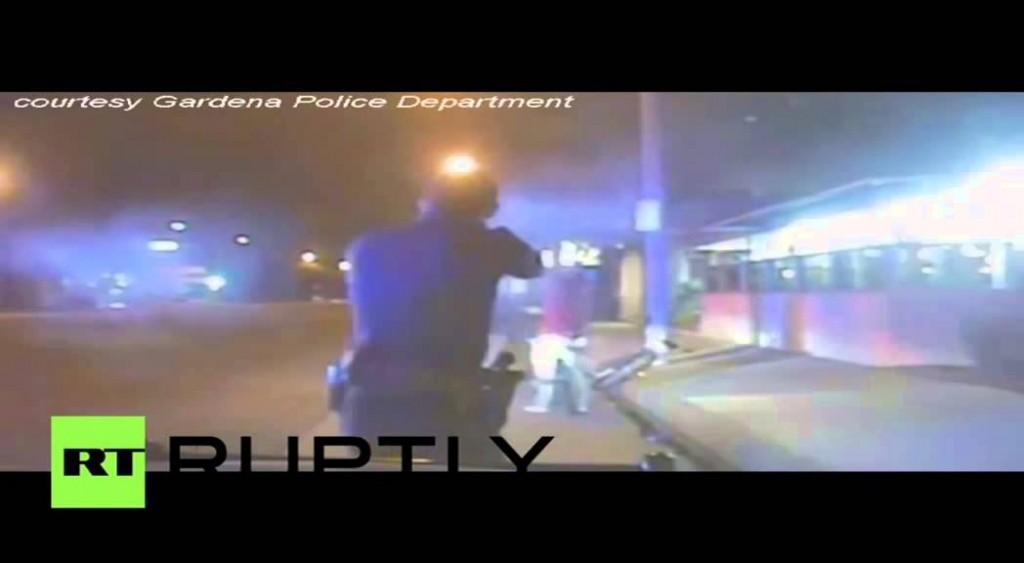 شرطي أمريكي يطلق النار على أعزل حاول إزالة قبعته من رأسه