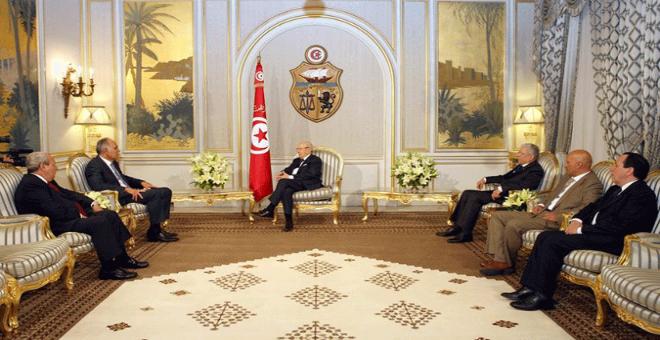الرئيس التونسي يستقبل صلاح الدين مزوار