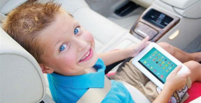 عمر الطفل يحدد ساعات استخدام أجهزة الألعاب