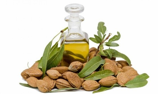 Benefits-of-bitter-almond-oil-for-the-skin