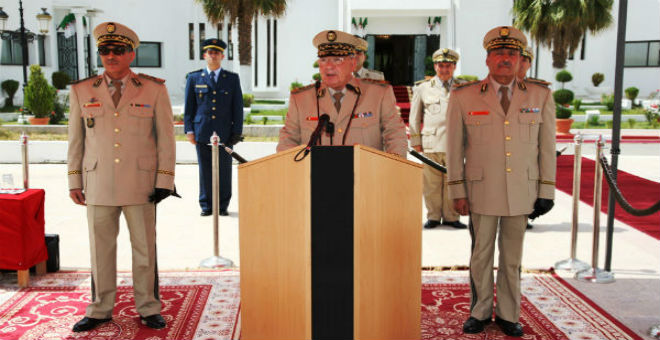 الرئاسة تجري تغييرات على أركان الجيش الجزائري