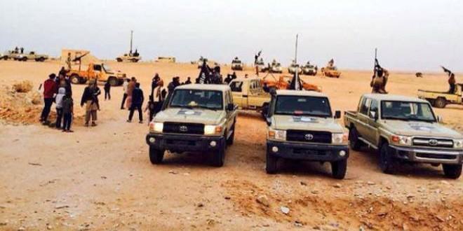 """مقاتلو تنظيم """"داعش"""" في ليبيا (أرشيف)"""