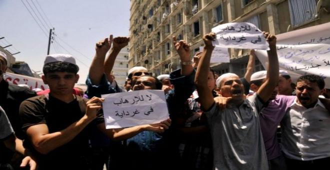 أحداث غرداية تدفع المزابيين للاحتجاج في مناطق مختلفة بالجزائر