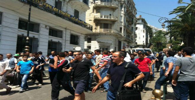 الجزائر: الأمن يفرق تجمعا احتجاجيا للمزابيين بالعاصمة