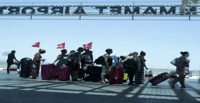 تونس تسعى لثني بريطانيا عن دعوتها لرعاياها بمغادرة البلاد