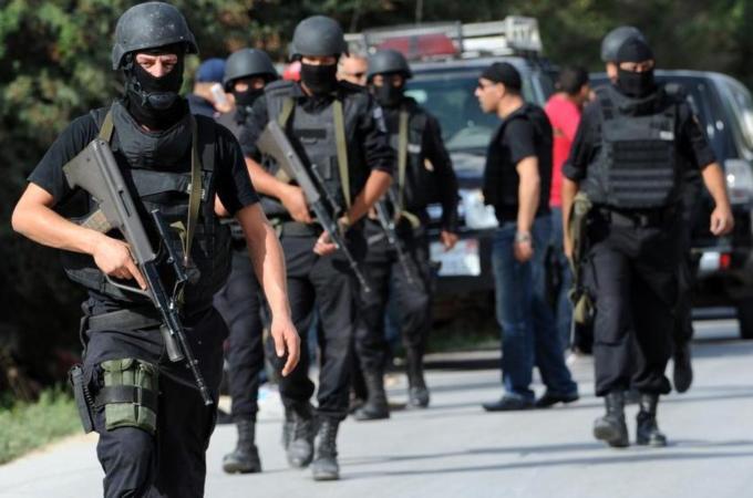 تونس تعتقل عناصر تكفيرية تعمل على تسفير الشباب لسوريا