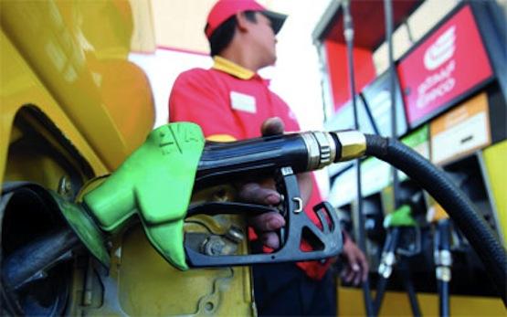 بن خالفة يؤكد عدم تخلي الحكومة الجزائرية عن دعم أسعار البترول