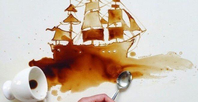 بالصور.. فنانة تبدع في الرسم بالقهوة والعسل والشوكولاتة!