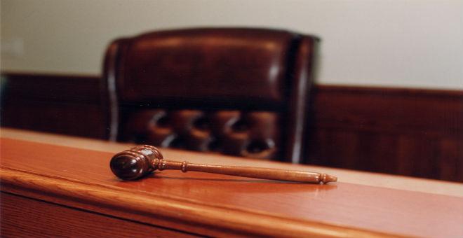 المعارضة تعيد قانون السلطة القضائية للجنة العدل بعد الطعن فيه