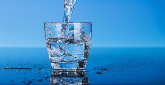 عمال الماء الصالح للشرب يخوضون إضرابا عن العمل من جديد