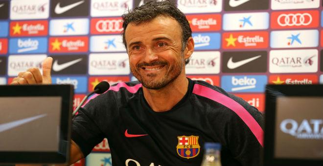 إنريكي يؤكد قدرة برشلونة على زعامة الكرة العالمية