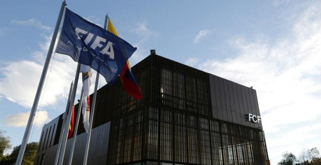 أمريكا تطلب من سويسرا تسليم 7 اعضاء من الفيفا