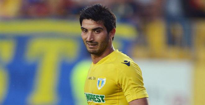 حمزة يونس ينتقل إلى الدوري الإيراني