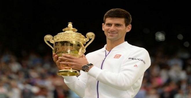 دجوكوفيتش يواصل صدارته لمحترفي التنس