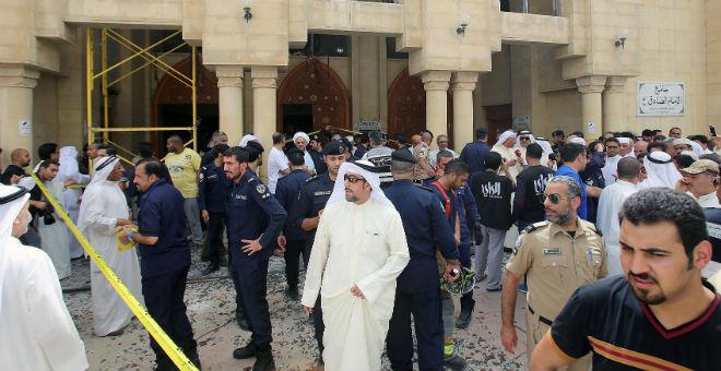 الكويت تطالب بإعدام 11 متهما في تفجير مسجد شيعي