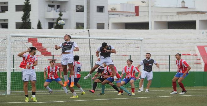 المغرب التطواني يجري مباراة تحضيرية ضد أمل الفريق