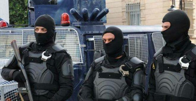 تونس تفرج عن متهمين بالإرهاب من بينهم قائد هجوم باردو