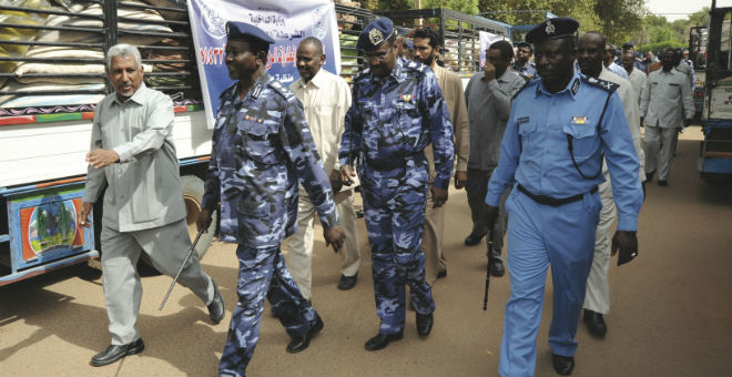 السودان تعاقب مسيحيتين بالغرامة بسبب