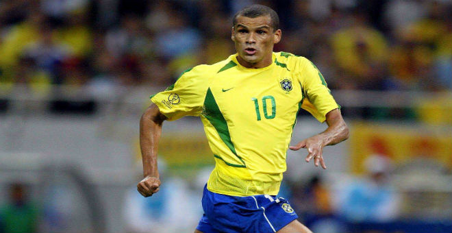 البرازيلي ريفالدو يعود للعب وعمره 43 عاما