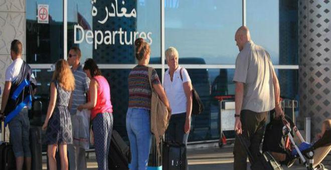 بريطانيا تدعو مواطنيها إلى مغادرة تونس مرجحة وقوع هجوم إرهابي جديد