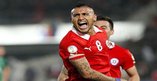 فيدال يهدي لقب كوبا أمريكا للشعب الشيلي
