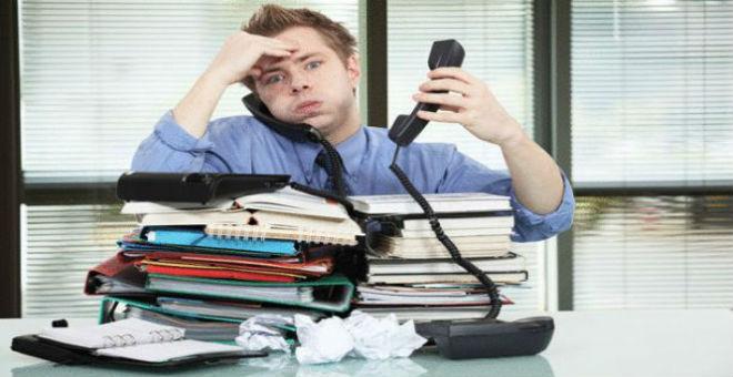 7 علامات تعني أنك بحاجة لإجازة من العمل