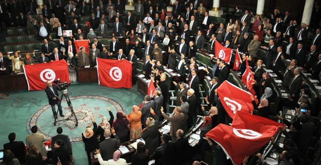 تونس: استرجاع الأموال المنهوبة أم استكمال مسار العدالة الانتقالية؟