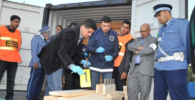 حالة استنفار أمني في ميناء الدار البيضاء بعد اكتشاف ذخيرة لدى مواطن أجنبي