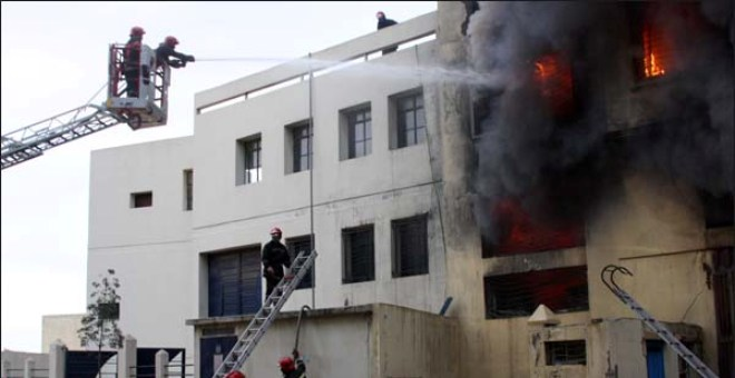حريق يلتهم مصنعا للألبسة بالبيضاء.. وهذه هي الأسباب!