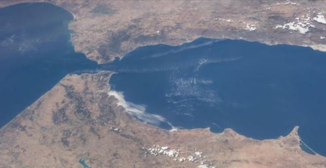 مضيق جبل طارق في الرهانات المغربية ما بين سنتي 674هـ و741هـ
