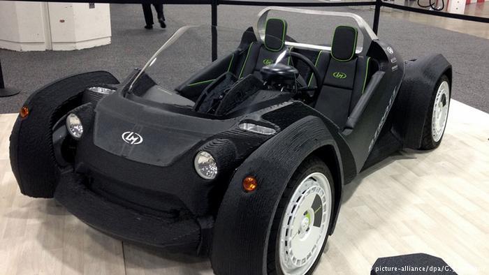 سيارة صديقة للبيئة بتقنية الطباعة ثلاثية الأبعاد