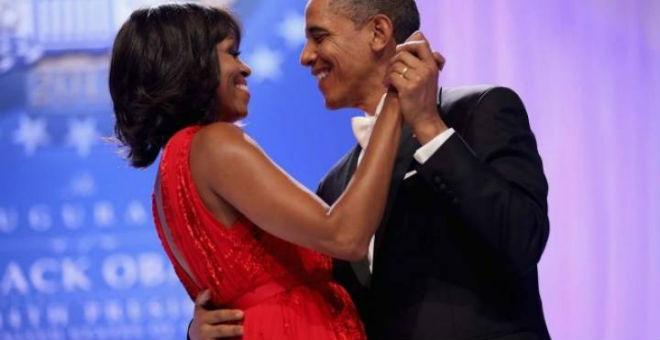 ميشيل أوباما تهنئ زوجها بتغريدة