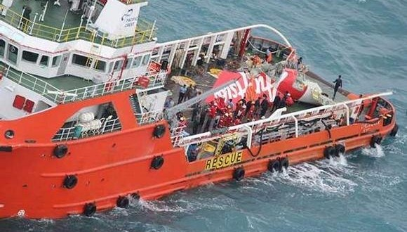 العثور على الـ54 جثة في موقع تحطم الطائرة الاندونيسية