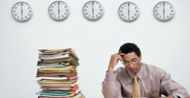 دراسة تكشف العلاقة بين ساعات العمل والسكتة الدماغية
