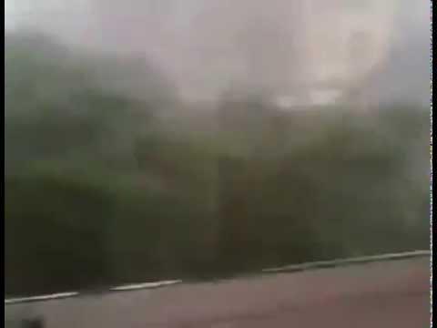 عاصفة قوية تضرب مدينة مراكش