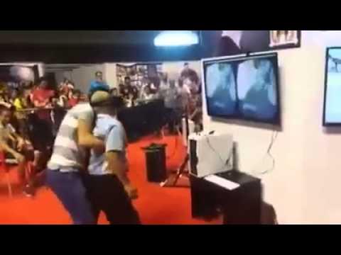 هذا ما حصل لمسن جزائري يجرب لأول مرة لعبة الفيديو